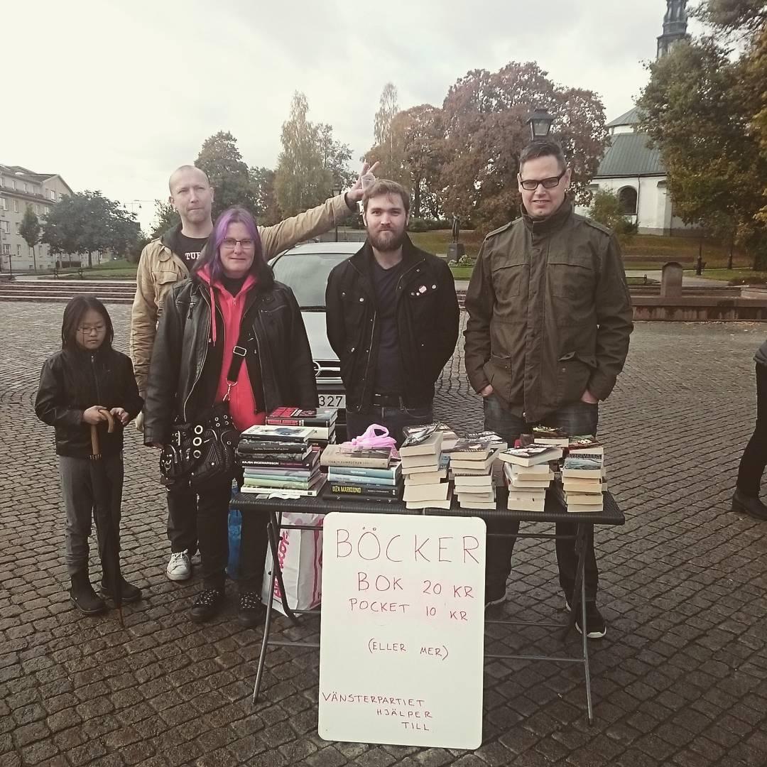 VnsterpartietKulturhng sljer bcker p vlgrenhetsdagen i Kping! Kom och kphellip